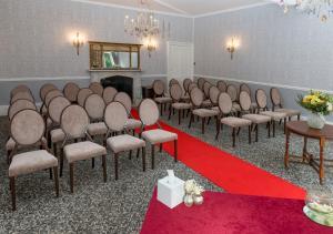 Hallmark Hotel Flitwick Manor (6 of 34)