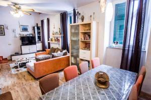 Apartments Anisija, Апартаменты - Омиш