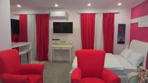 Pink Apartment near Airport - Hotel - Nizhnyaya Alekseyevka