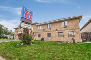Motel 6-Windsor, ON