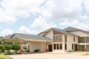 Super 8 by Wyndham Bossier City/Shreveport Area, Hotely  Bossier City - big - 1