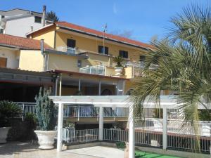 Appartamento Mare e Monti - AbcAlberghi.com