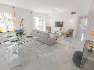 Los Naranjos Golf Duplex, Appartamenti  Marbella - big - 1