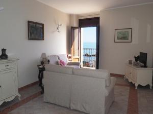 Lungomare Levante Seaview - AbcAlberghi.com