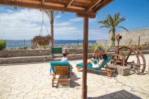 Casa Albersequi, Playa Santiago