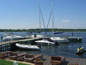 Maxim Marine Yacht Club Hotel, Hotel  Nova Kachovka - big - 20