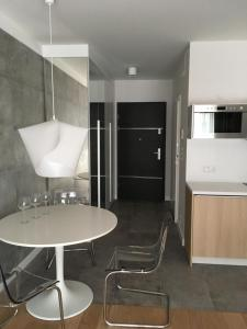 Apartment in the Gantry Hall W19