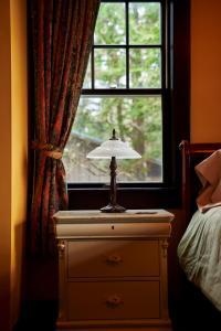 BriMar Bed and Breakfast, Отели типа «постель и завтрак»  Тофино - big - 38