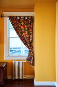 BriMar Bed and Breakfast, Отели типа «постель и завтрак»  Тофино - big - 34