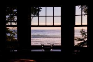 BriMar Bed and Breakfast, Отели типа «постель и завтрак»  Тофино - big - 11
