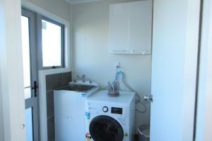 Rose Apartments Unit 2 Central Rotorua- Accommodation & Spa, Апартаменты  Роторуа - big - 28