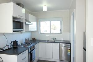 Rose Apartments Unit 2 Central Rotorua- Accommodation & Spa, Апартаменты - Роторуа