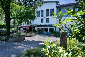 Parkhotel Schillerhöhe - Großbottwar