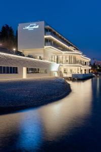 Luxury Hotel Amabilis, Отели  Сельце - big - 75