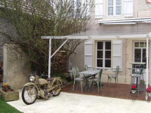 Chambres et Tables d'hôtes à l'Auberge Touristique, Bed and breakfasts  Meuvaines - big - 86
