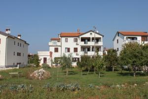 Apartment Finida 7160a - Petrovija