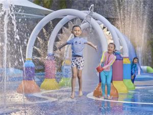 Hilton Sanya Yalong Bay Resort & Spa, Resorts  Sanya - big - 71