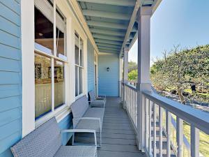 1801 Avenue M 1/2 Home - Galveston