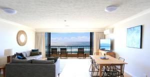 Pelican Sands Beach Resort