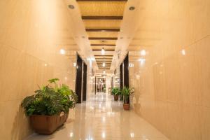 Al Raha Rotana Hotel Apartments, Residence  Khamis Mushayt - big - 9