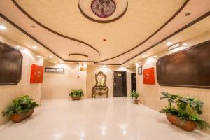 Al Raha Rotana Hotel Apartments, Residence  Khamis Mushayt - big - 27