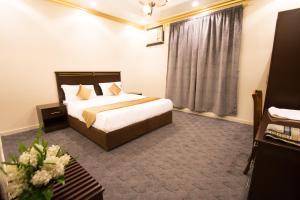 Al Raha Rotana Hotel Apartments, Residence  Khamis Mushayt - big - 8