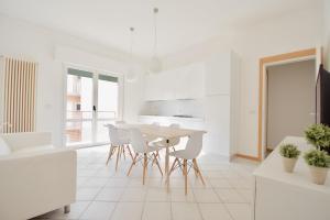 Adriatica Immobiliare - Euroresidence - AbcAlberghi.com