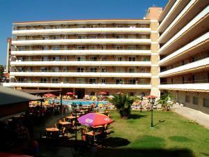 Apartamentos Buensol, Apartmanok  Torremolinos - big - 18