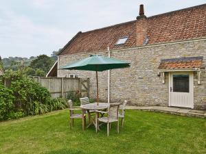 Honeystring Cottage - Pilton