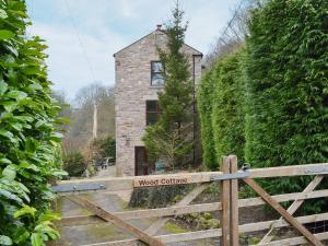 Wood Cottage - Chinley