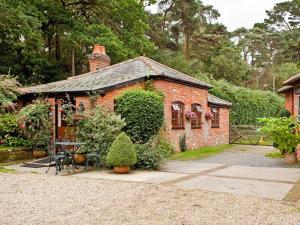 Gardeners Cottage - Hamble