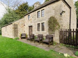 Highbury Cottage - Hathersage
