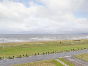 9 Beach View - Barassie