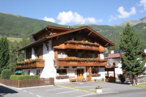 Haus Sonnwend - Hotel - Sölden
