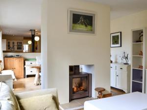 Hare Cottage, Prázdninové domy  Crookham - big - 7