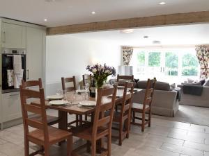 Edwards Cottage