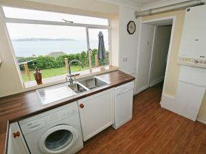 Cutlass Cottage, Holiday homes  Brixham - big - 6