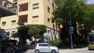 Apartments with WiFi Split - 13048