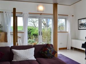 Hare Cottage, Prázdninové domy  Crookham - big - 16