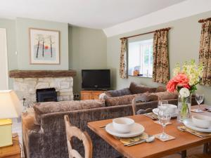 Cowbeech Farm Cottage, Holiday homes  Herstmonceux - big - 15