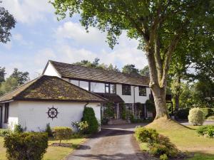 Kingswood House - Hamble