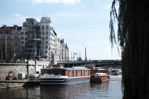 Boat Hotel Matylda.  Photo 16