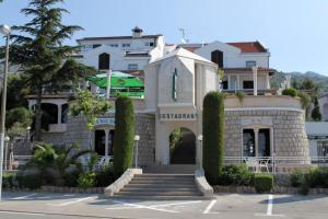 Triple Room Starigrad 3335d, Vendégházak  Stari Grad - big - 1