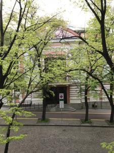 Apartment Antique Theatre
