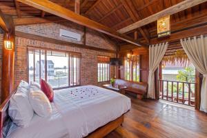 Wooden Lodge Homestay Hoian - Tân Thành (1)
