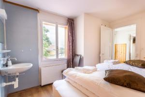 Hotel Sterne, Hotel  Beatenberg - big - 5