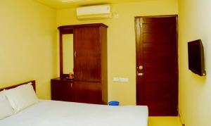 Royal Living Hotel & Suits, Hotel  Chittagong - big - 14