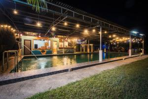 Sinar Eco Resort - Ulu Choh Village
