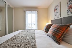 The Kenmore - Donnini Apartments - Barassie