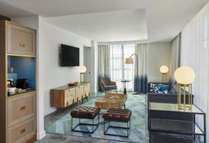 Canopy By Hilton Washington DC Bethesda North, Hotels  North Bethesda - big - 22